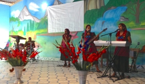 Praise band of young girls from Zapotec community