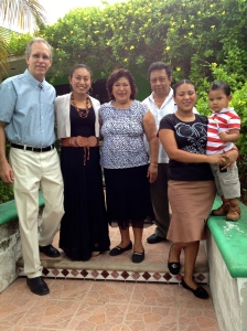 Our wonderful hosts, familia Dzib, of Campeche