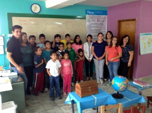 Students and teachers of new Christian School using AMO in Puebla
